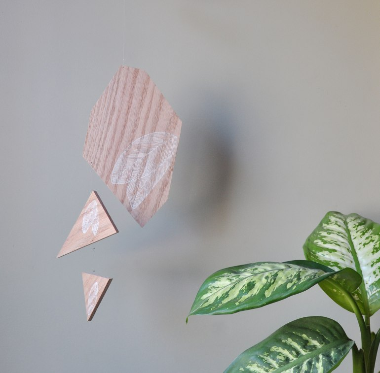 Annex Suspended - Suspended Art - Line Art Leaves, White on Wood